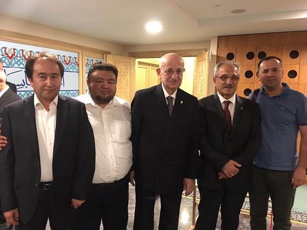 ismail-kahraman-turkiye-parlament-reisi-20170728.jpg