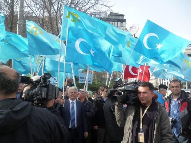 ukraina-qirim-turkiye-namayish-1.JPG