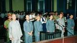 Từ trái sang phải: HT Thích Quảng Độ, Nhật Thường, Thích Nhật Ban, Đồng Ngọc, Thích Trí Lực, Thích Không Tánh tại TAND TPHCM tháng 8 năm 1995.