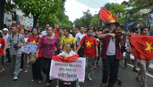 china-protest-jul012012-305.jpg