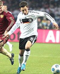 Vì sao mới mọc  Mesut Oezil của đội tuyển Đức. Courtesy Wikipedia