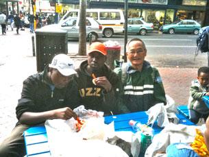 Quán ăn vỉa hè ở Nam Phi. RFA
