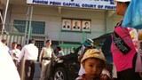 Quang cảnh trước tòa án sơ thẩm thủ đô Phnom Penh
