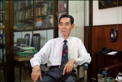 Ký giả-thiếu tướng tình báo Phạm Xuân Ẩn. AFP PHOTO.