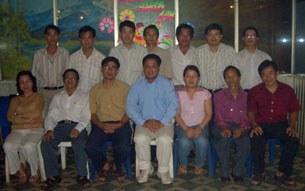 Một số thành viên nhóm 8406.