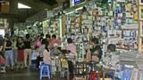 Gian hàng mỹ phẩm ở chợ Tân Định