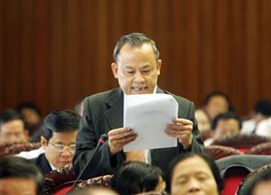 Ông Lê Văn Cuông, đại biểu quốc hội, đơn vị Thanh Hóa. Courtesy dantri-online