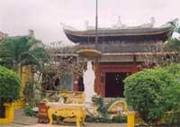 ChuaAnLacPagoda200.jpg