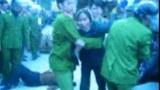Xô xát giữa công an và dân chúng tại thôn Sơn Trung, xã Yên Sơn