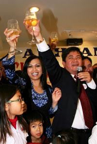 HoangDuyHung-elected-200.jpg