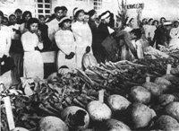 Communist-Massacre-Hue2-1968_200.jpg