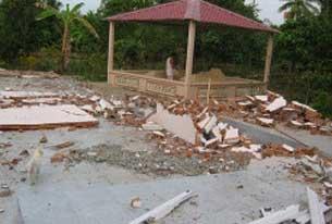 Một nơi tu học của tín đồ PGHH Cần Thơ bị công an đập phá, ảnh chụp năm 2010.
