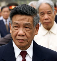 Cựu Tổng bí thư Lê Khả Phiêu. AFP PHOTO