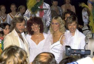 Ban nhạc ABBA (từ trái sang phải) Benny Andersson, Anni-frid Lyngstad, Agnetha Faltskog and Bjorn Ulvaeus trả lời báo giới hôm 2-6-1980 ở Stockholm. Photo: AFP