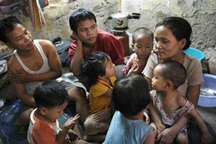 Mỗi năm dân số địa cầu mỗi tăng thêm. AFP