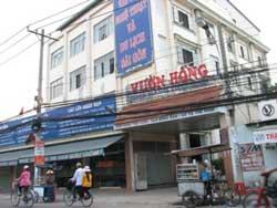 Nhà hàng Vườn Hồng, nơi sinh viên Trường CĐ Văn hóa Nghệ thuật và Du lịch Sài Gòn đang học. Photo courtesy of giaoduc.edu.vn