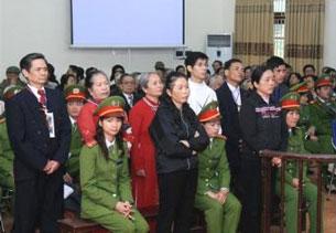 Bên trong Tòa án. Photo Vietcatholic