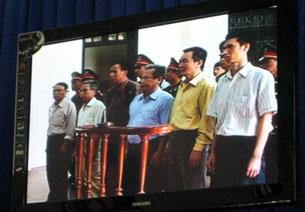 Một số nhà tranh đấu dân chủ vẫn đang còn bị giam giữ tại Việt Nam. AFP Photo.