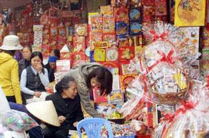 Gian hàng chợ Tết