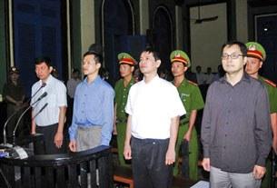 Phiên tòa ở TP-HCM hôm 20-1-2010