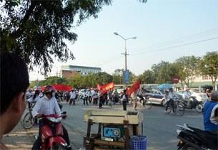 Vinh-protest-03052010-305.jpg