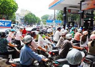 Gas-price-Hanoi-305.jpg
