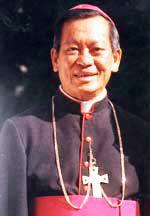 Đức tân Tổng Giám mục phó Phêrô Nguyễn Văn Nhơn. Photo courtesy of giaophanvinh.net
