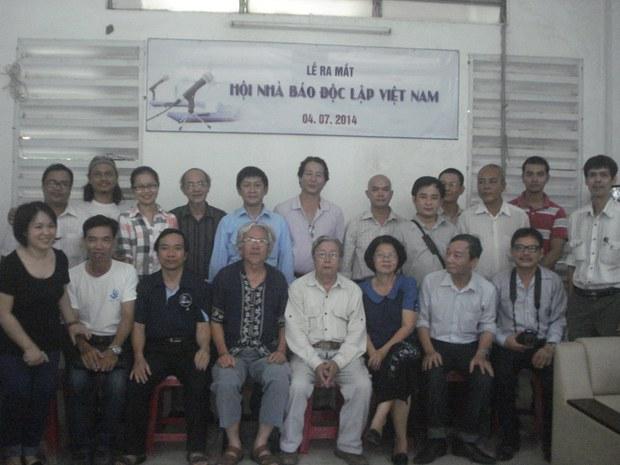 Các bản án tù khắc nghiệt và tự do báo chí tại Việt Nam