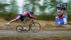 Ông Rudy Van Bork trong lần đi xuyên Việt trên 1 chiếc xe đạp đẩy bằng chân đặc biệt (kickbike) cách đây 12 năm. Hình do Ông cung cấp.