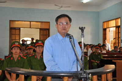 Mục sư Nguyễn Công Chính tại phiên toà phúc thẩm ở Tòa án Nhân dân tỉnh Gia Lai, ngày 31 tháng 07 năm 2012.