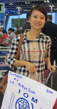 Cô Lê Thị Bích Trinh tại phi trường quốc tế Suvarnabhumi, Thái Lan. RFA photo