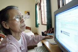 Bà Lê Hiền Đức từng được Tổ chức Minh bạch Quốc tế trao giải thưởng Liêm chính năm 2007. AFP photo