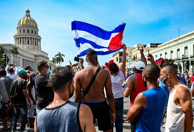 Báo chí Việt Nam đưa tin thế nào về biểu tình chống chính phủ ở Cuba?