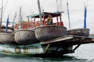FishermanBoat305.jpg
