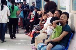 Trẻ em đến bệnh viện Nhi Đồng II khám và điều trị. Photo courtesy of ITC