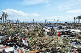 Toàn bộ nhà cửa vùng ven biển Tacloban đã bị trận bão Haiyan san bằng ngày 10 tháng 11, 2013