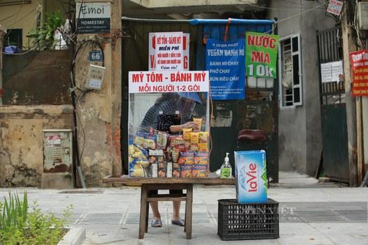 Bánh-mì-miễn-phí-FB-Hà-Nội.jpg