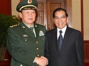 Tổng Bí thư Nông Đức Mạnh tiếp đoàn đại biểu quân sự cấp cao Trung Quốc do Bộ trưởng Quốc phòng Lương Quang Liệt dẫn đầu. SourceTTXVN