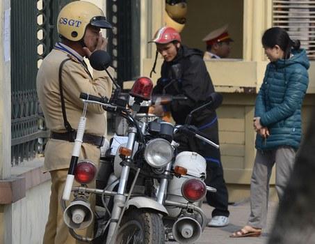 Cảnh sát giao thông tại Hà Nội, ảnh minh họa chụp trước đây.