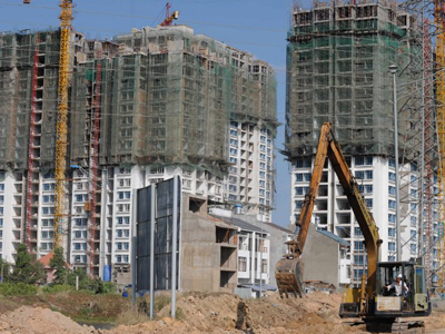 Khu chung cư đang xây dựng ở TPHCM năm 2009.