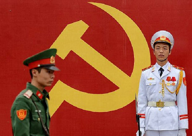Binh lính canh gác trước quốc hội (minh họa)