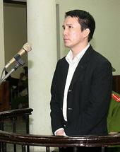Anh Phạm Văn Trội trước tòa án ND TP Hà Nội hồi tháng 10 năm 2009