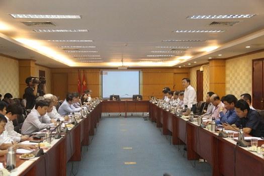 Bộ trưởng Trần Hồng Hà chủ trì cuộc họp Ban soạn thảo, Tổ biên tập Dự án Luật sửa đổi một số điều của Luật Bảo vệ môi trường.