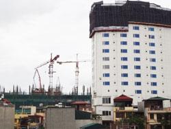 Một công trình xây dựng ở Hà Nội ngày 19/07/2013. RFA PHOTO.