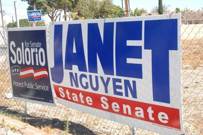 Bảng quảng cáo tranh cử của ứng cử viên gốc Việt ở California. Ảnh chụp hôm 25/9/2014. RFA PHOTO/Ngọc Lan.