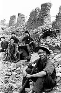 Bộ đội Việt Nam tại cổ thành Quảng Trị mùa hè 1972, ảnh minh họa. Photo vourtesy of wikipedia