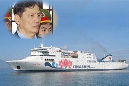 Ông Phạm Thanh Bình và tàu Hoa Sen trị giá 1.300 tỉ đồng.