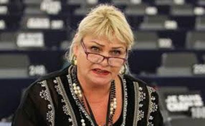 Nữ Dân biểu Soraya Post, Liên minh Tiến bộ Xã hội và Dân chủ.