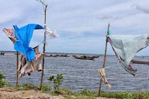 Phá Tam Giang nhìn từ xóm Chồ