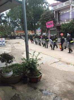 Cảnh sát cơ động được điều đến Đồng Tâm vào sáng ngày 9/1/2020